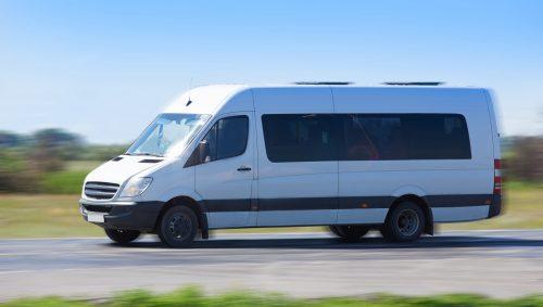wynajem minibusa z kierowca