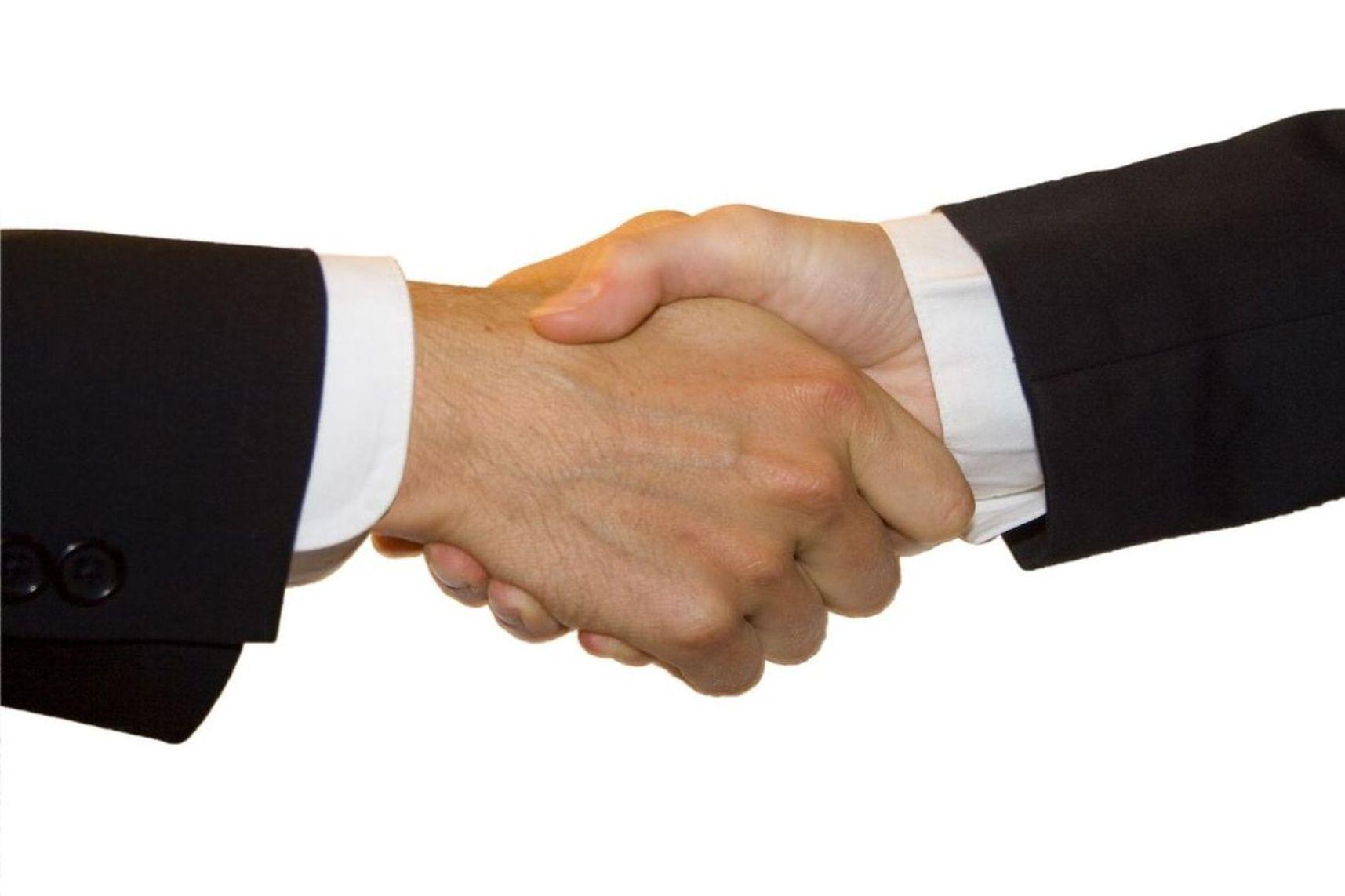 wynajem-samochodow-dostawczych-poznan-kontakt
